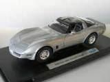 Chevrolet Corvette silber